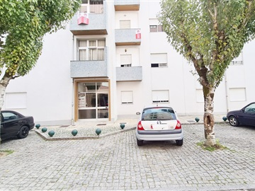 Appartement T2 / Marco de Canaveses, Marco